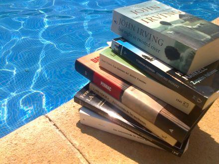 Libros-piscina-440