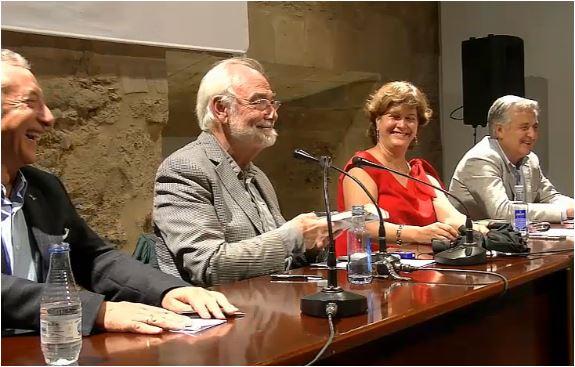 """Presentación del libro """"Nuestro desamor a España: Cuchillos cachicuernos contra puñales dorados"""", del escritor Juan Pedro Aparicio"""