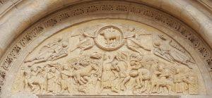 Tímpano de la puerta sur de la Basílica de San Isidoro