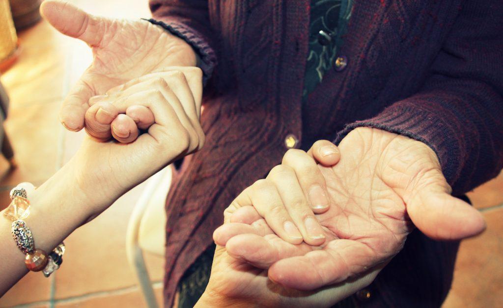Los cuentos que cuentan las manos, de Claudia Rodríguez Santamarta