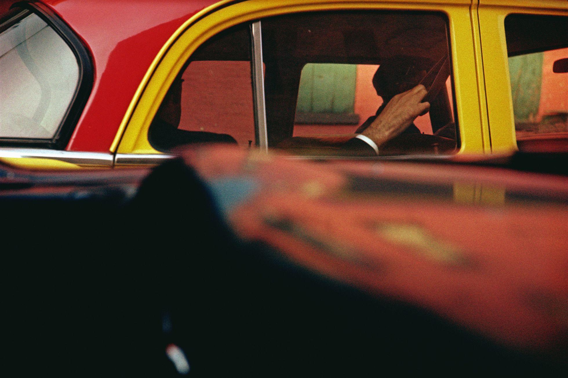 'Taxi', ca. 1957 © Saul Leiter